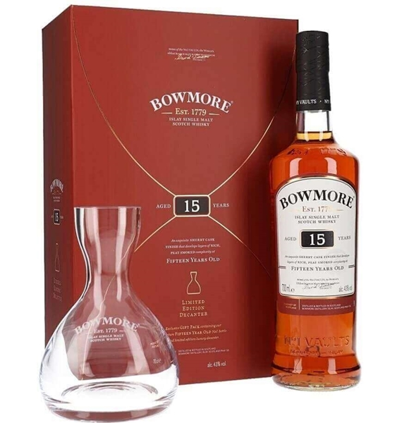 Picture of Bowmore 15yr Islay  with Decanter, 70cl